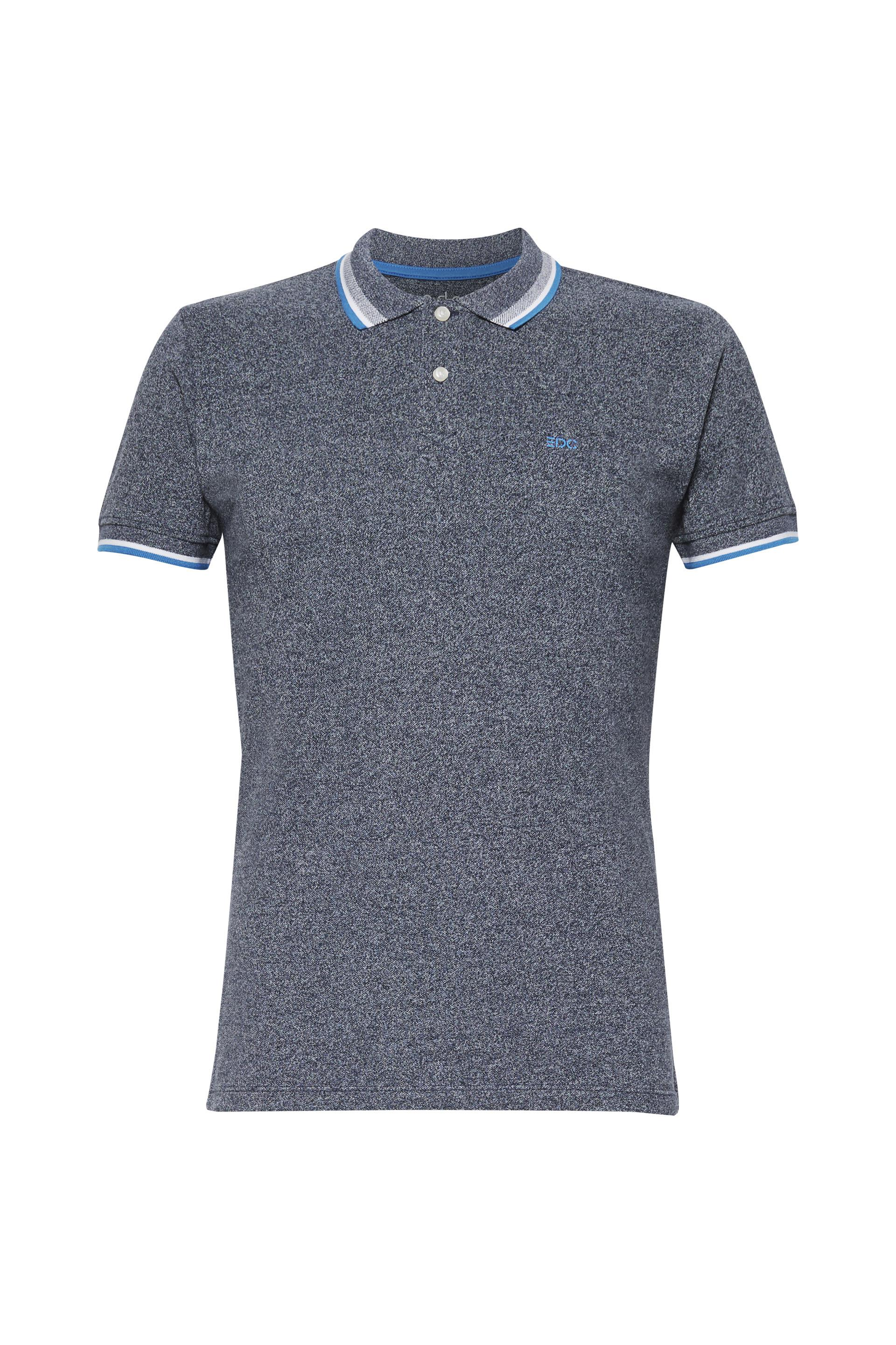 b48f8c8791a The accentuating stripes give this polo shirt its look.